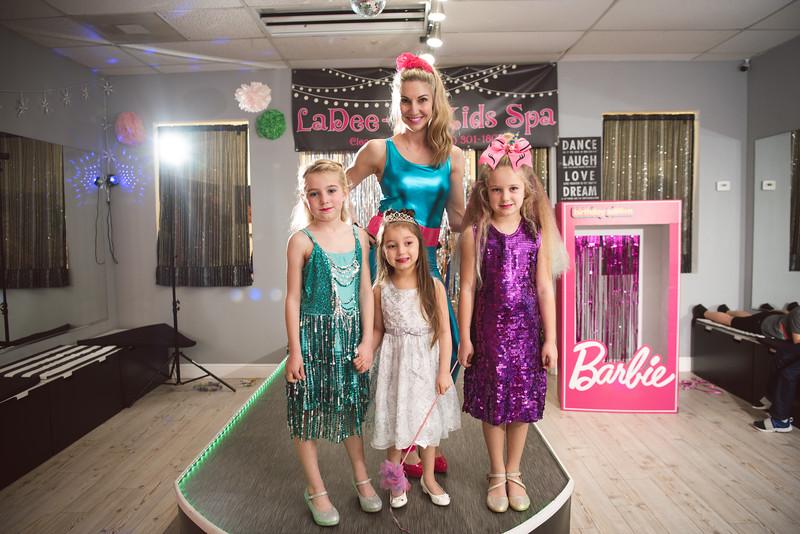 2020-0104-delaney-barbie-party-76.jpg