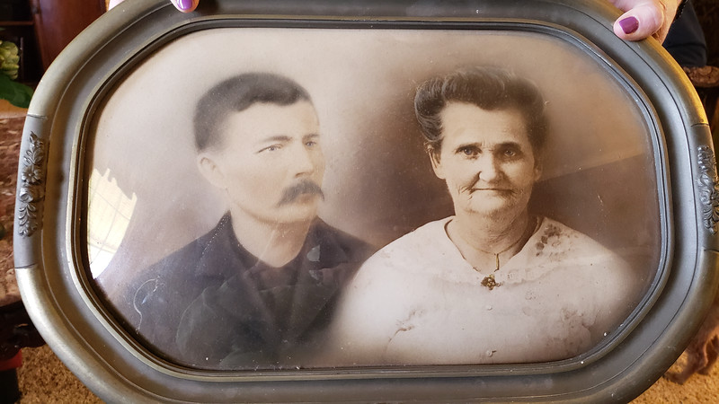 William and Eleanor Hurt my great grandparents (1 of 1).jpg