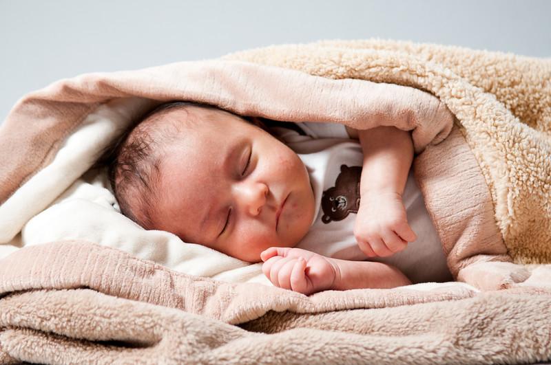 Nathan New Born-131.jpg