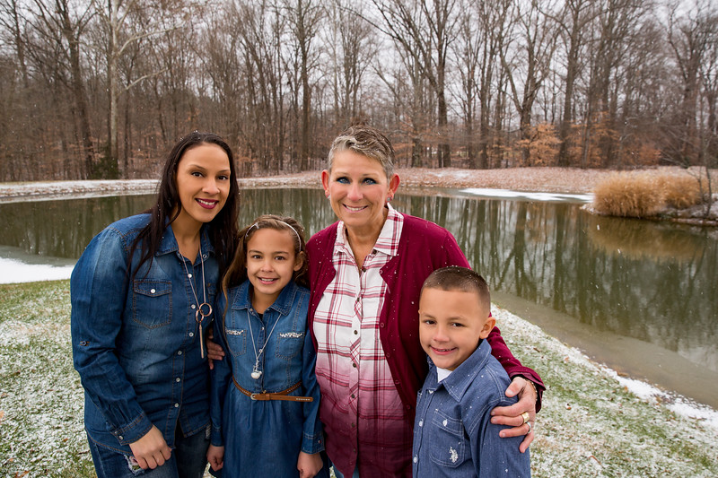 Family portraits at the Tower Christmas Tree Farm