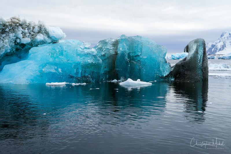 2-2-1652399yalour islands.jpg