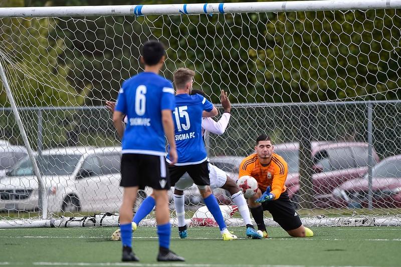 09.08.2019 - 131147-0400 - 1738 - F10Sports.ca - Masters FA vs Sigma FC.jpg
