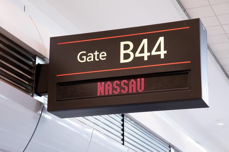 030720-NassauInaugural-074.jpg