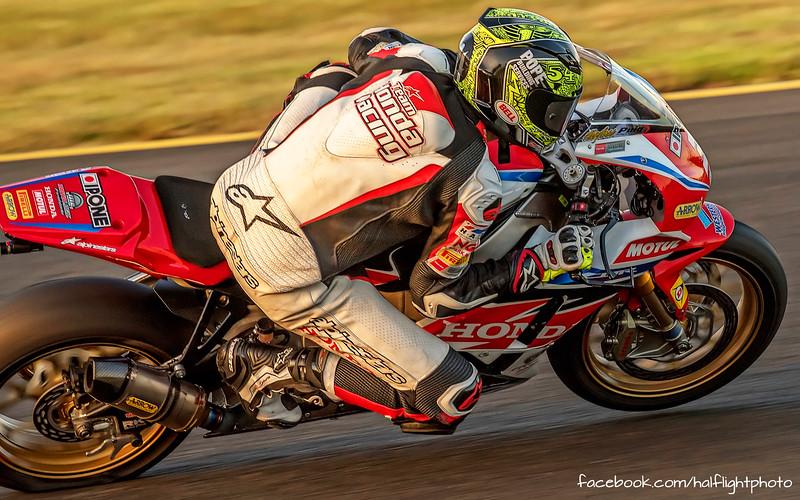 December 2015: Sydney Motorsport Park - Australian FX