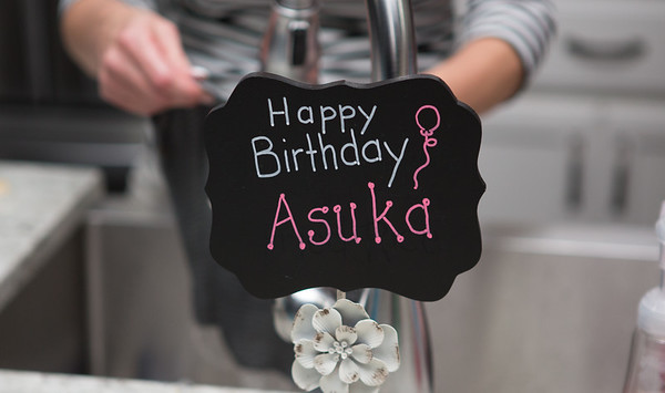 Asuka has a Birthday in America