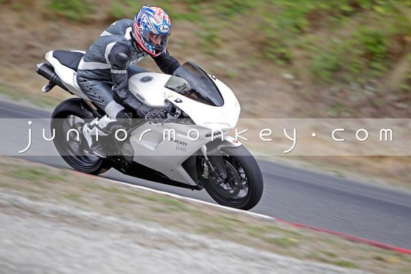 Ducati - White 848