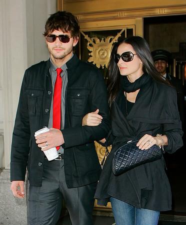 2008-05-04 - Demi Moore and Ashton Kutcher