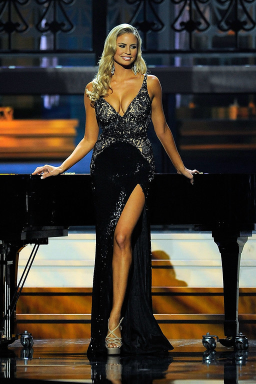 . Miss California USA Cassandra Kunze competes in the 2014 Miss USA Competition at The Baton Rouge River Center on June 8, 2014 in Baton Rouge, Louisiana.  (Photo by Stacy Revere/Getty Images)