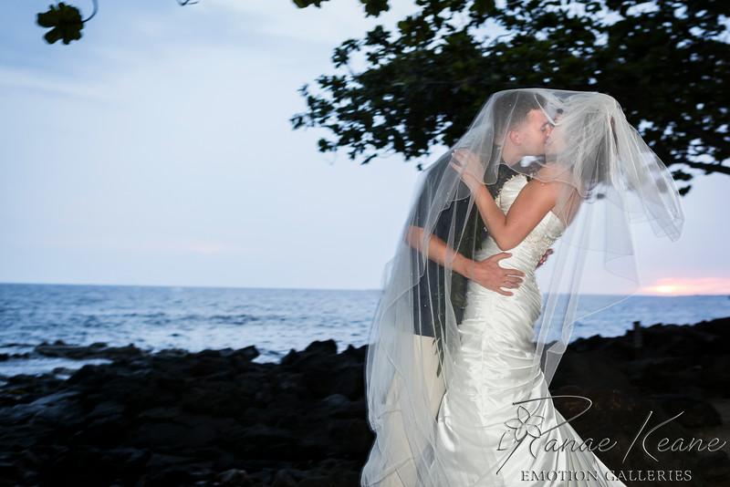 212__Hawaii_Destination_Wedding_Photographer_Ranae_Keane_www.EmotionGalleries.com__140705.jpg