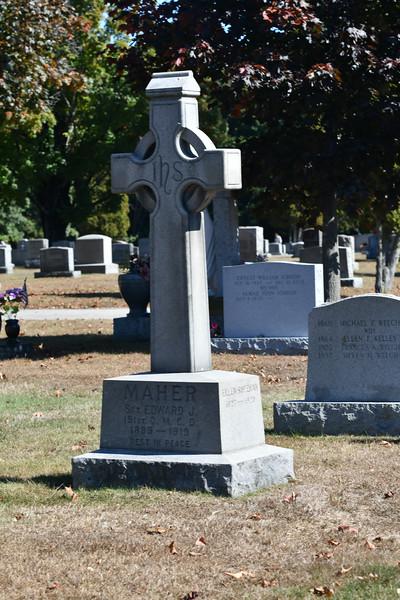 St-Joseph-Cemetery-Oct2019-175.jpg