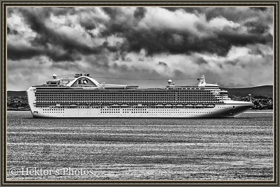 B&W California Coatal Cruise