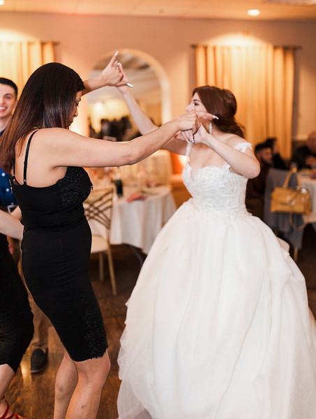 Alexandria Vail Photography Wedgewood Fresno Wedding Alexis   Dezmen825.jpg