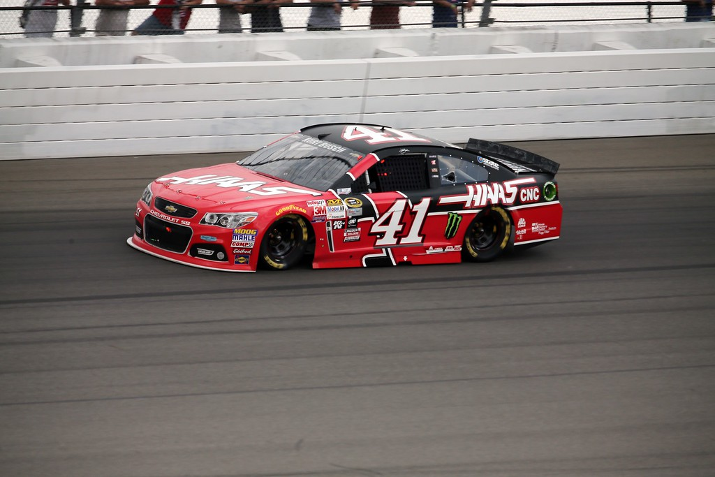. Kurt Busch drives during the NASCAR Sprint Cup series auto race at Michigan International Speedway, Sunday, June 14, 2015, in Brooklyn, Mich. (AP Photo/Dave Frechette)