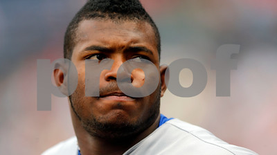 la-dodgers-outfielder-puig-gets-swollen-eye-during-encounter-with-bar-bouncer