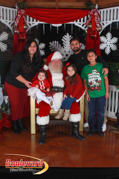 Santa 12-17-16-486.jpg