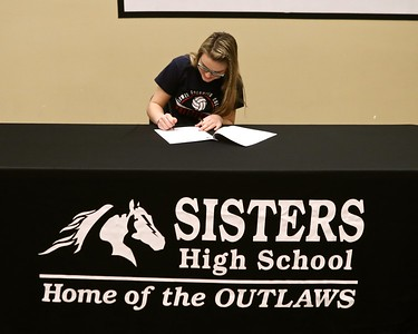 Emma Houck Signs to play Volleyball @ Lower Columbia Community College 3-10-2017