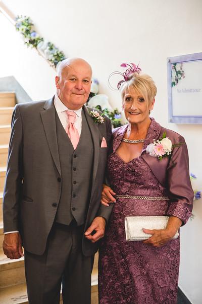 Mr & Mrs Hedges-Gale-26.jpg