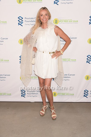 Prostate Cancer Foundation's  Gala in the Hamptons at the Parrish Arts Museum in Watermill on Saturday, August 26. 2017. photos  by Rob Rich/SocietyAllure.com ©2017 robrich101@gmail.com 516-676-3939