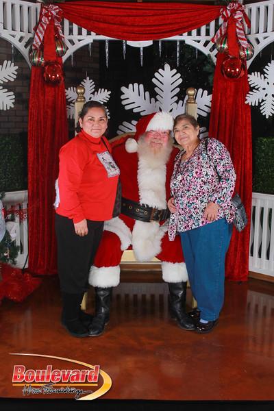 Santa 12-17-16-416.jpg