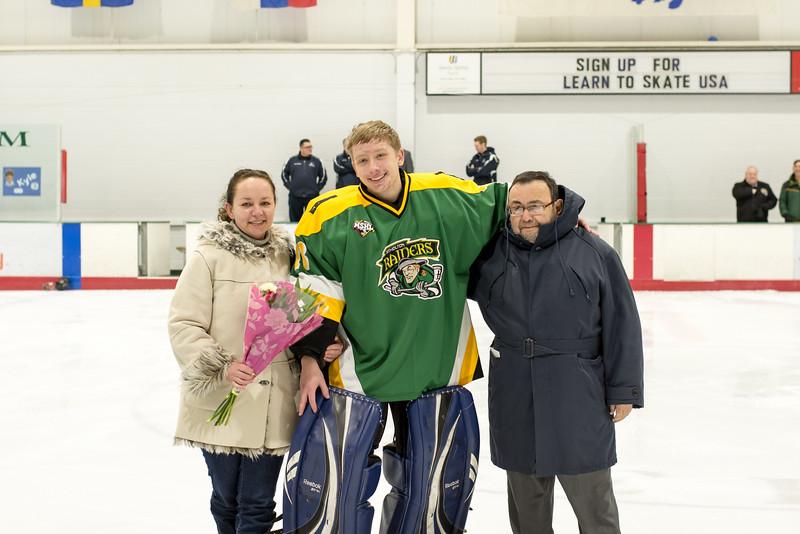 Howard Ice Hockey-38.jpg