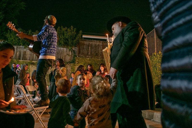 Brentwood Chabad -Chanukah903.jpg