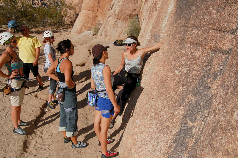 Crack Climbing with MAJKA BURHARDT (Patagonia). Learn how to jam with the best.