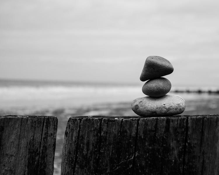 still-life-with-stones-2_14473829042_o.jpg