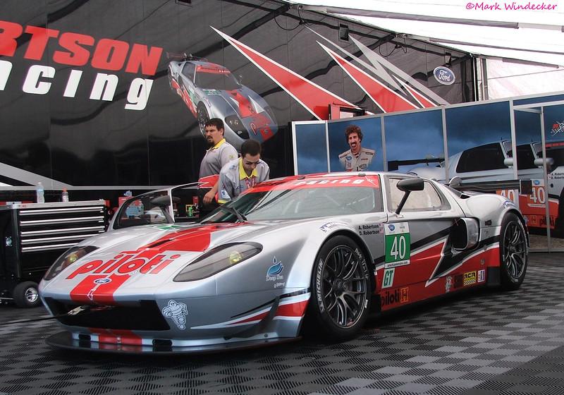 GT-Robertson Racing Doran Ford GT
