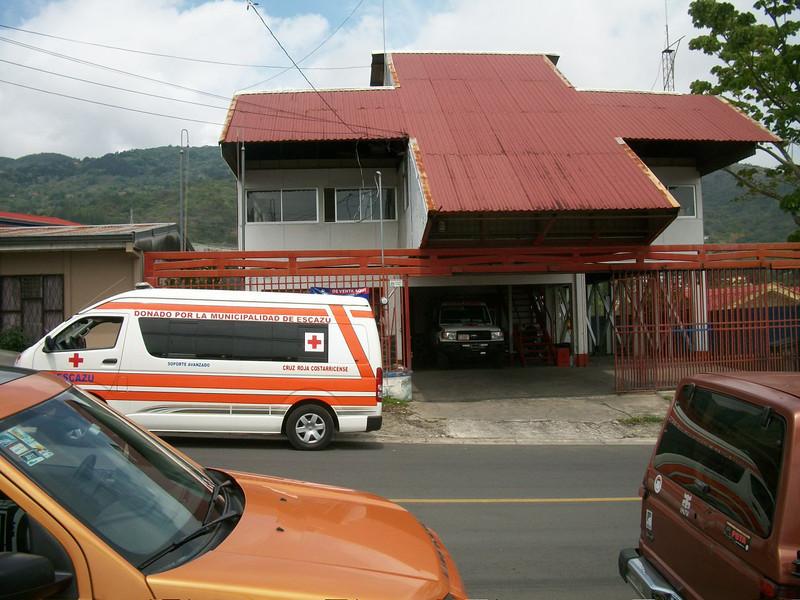 EscazuCentro_CruzRoja.jpg