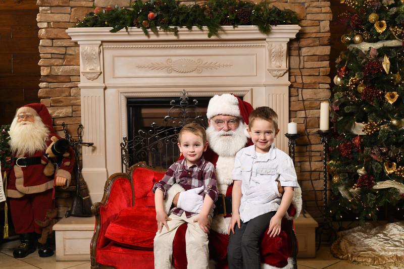 Santa2018.TylerBoye.-149.jpg