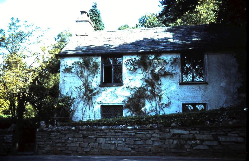 1959-9-16 (34) Wardsworten Cottage @ Grasmere, Nort England.JPG