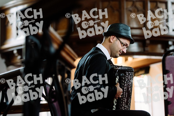 © Bach to Baby 2017_Alejandro Tamagno_Muswell Hill_2017-07-20 003.jpg