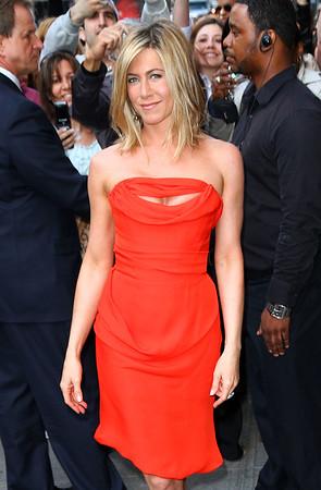 2011-05-05 - Jennifer Aniston
