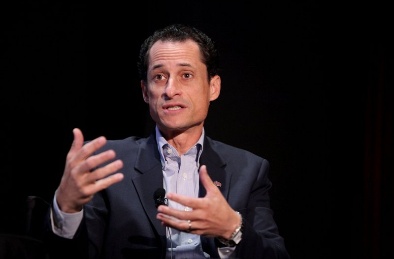 ". <p>5. ANTHONY WEINER <p>Says he would be New York�s mayor if not for the Internet, but the reason is much, much smaller. (unranked) <p><b><a href=\'http://www.nydailynews.com/news/election/weiner-mayor-internet-article-1.1488260\' target=""_blank\""> HUH?</a></b> <p>    (Amy Sussman/Getty Images the New Yorker)"