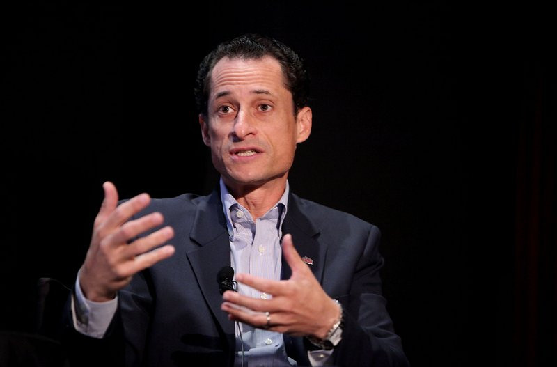 """. <p>5. ANTHONY WEINER <p>Says he would be New York�s mayor if not for the Internet, but the reason is much, much smaller. (unranked) <p><b><a href=\'http://www.nydailynews.com/news/election/weiner-mayor-internet-article-1.1488260\' target=\""""_blank\""""> HUH?</a></b> <p>    (Amy Sussman/Getty Images the New Yorker)"""