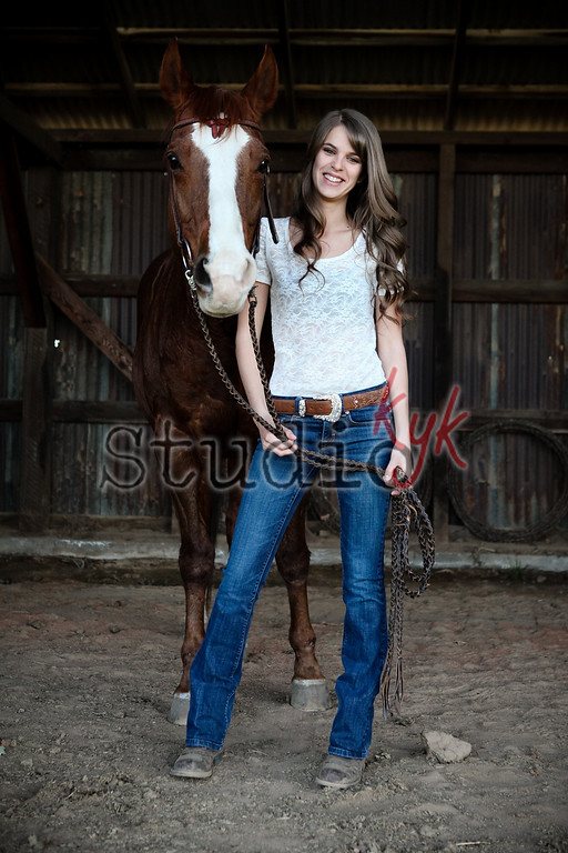 I love  photographing with Horses