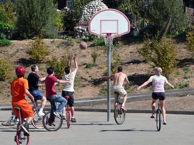 3rd Annual Berkeley Juggling and Unicycling Festival
