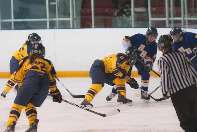 20130310 QWHockeyvsUBC 169.jpg