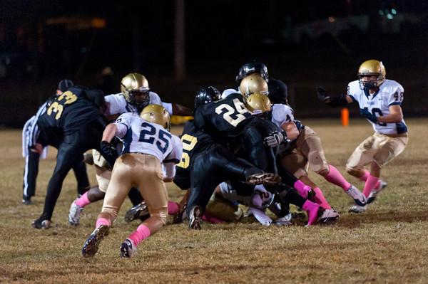 Sports-Football-Pulaski Academy vs Robinson 102811-32.jpg