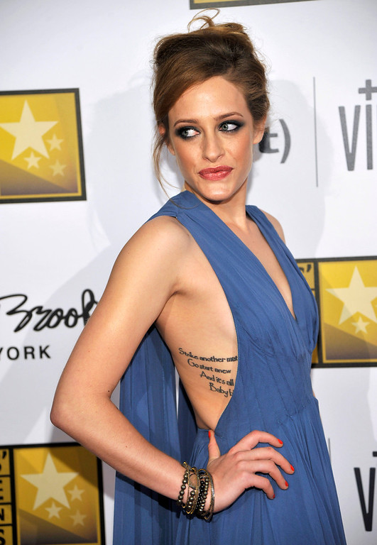 . Carly Chaikin arrives at the Critics\' Choice Television Awards in the Beverly Hilton Hotel on Monday, June 10, 2013, in Beverly Hills, Calif. (Photo by Chris Pizzello/Invision/AP)