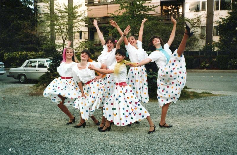 Dance_2735_a.jpg