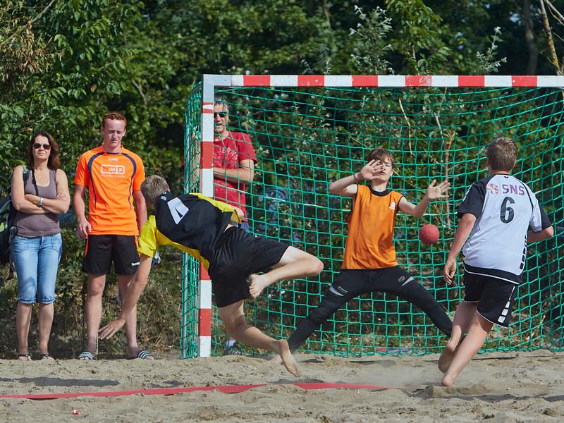 Molecaten NK Beach Handball 2015 dag 2 img 031.jpg
