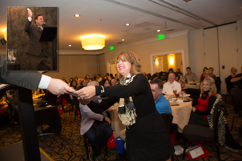 Silvana Capaldi wins a drawing gift certificate from Continental Wholesale Diamonds