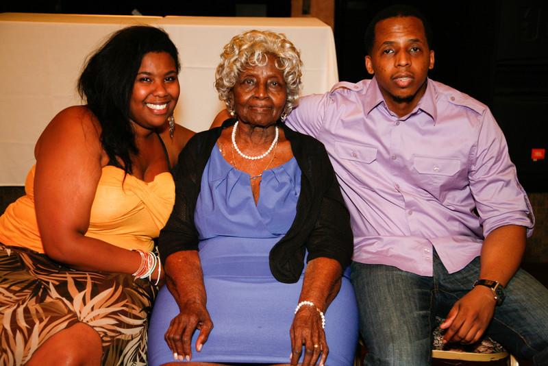 Edouard Family Reunion-3837.jpg