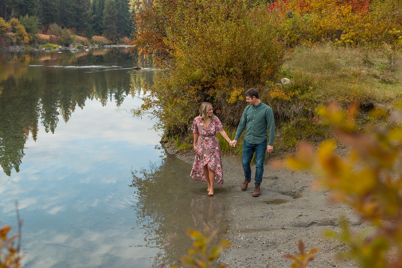 Coble.Howard.EngagementPhotos-153.jpg