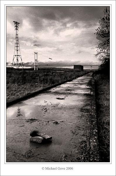 Old path leading to the Severn Bridge (68922808).jpg
