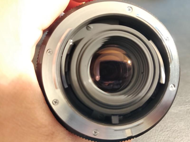Leica R 60mm 2.8 Macro-Elmarit - Serial 3334962 010.jpg
