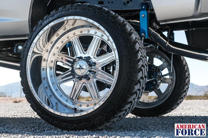Ridin'-High-Silver-Dodge-Ram-161105-DSC02879-80.jpg