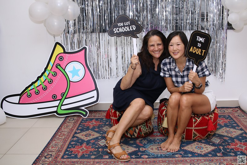 graduation-party-class-of-2021-instant-print-photo-booth-in-ho-chi-minh-Chup-hinh-in-anh-lay-lien-Tiec-Tot-Nghiep-2021-WefieBox-Photobooth-Vietnam-cho-thue-photo-booth-104.jpg