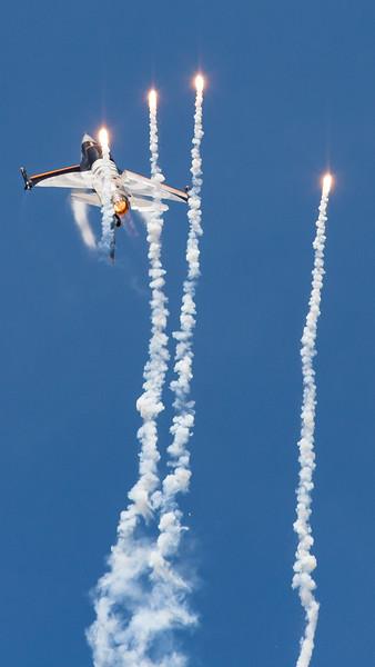 F-16 Fighting Falcon, F-16AM, Flares, J-055, Lockheed Martin, RIAT 2007, Royal Netherlands Air Force, Viper